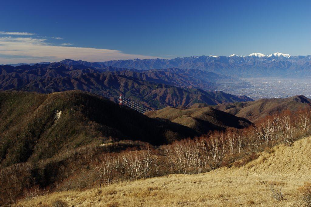 大菩薩連嶺の稜線から南アルプス方面