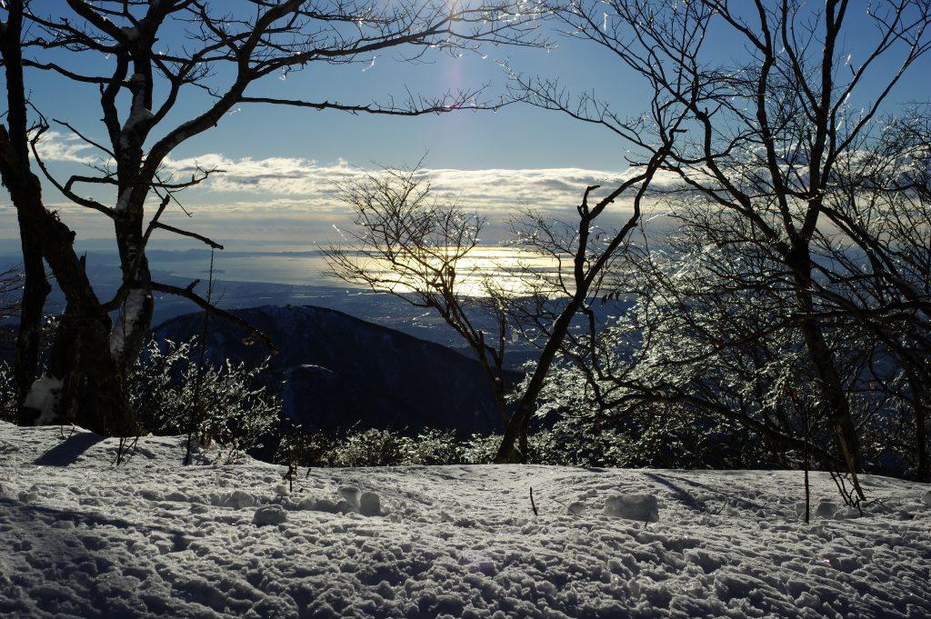 塔ノ岳 大倉尾根の樹氷と相模湾